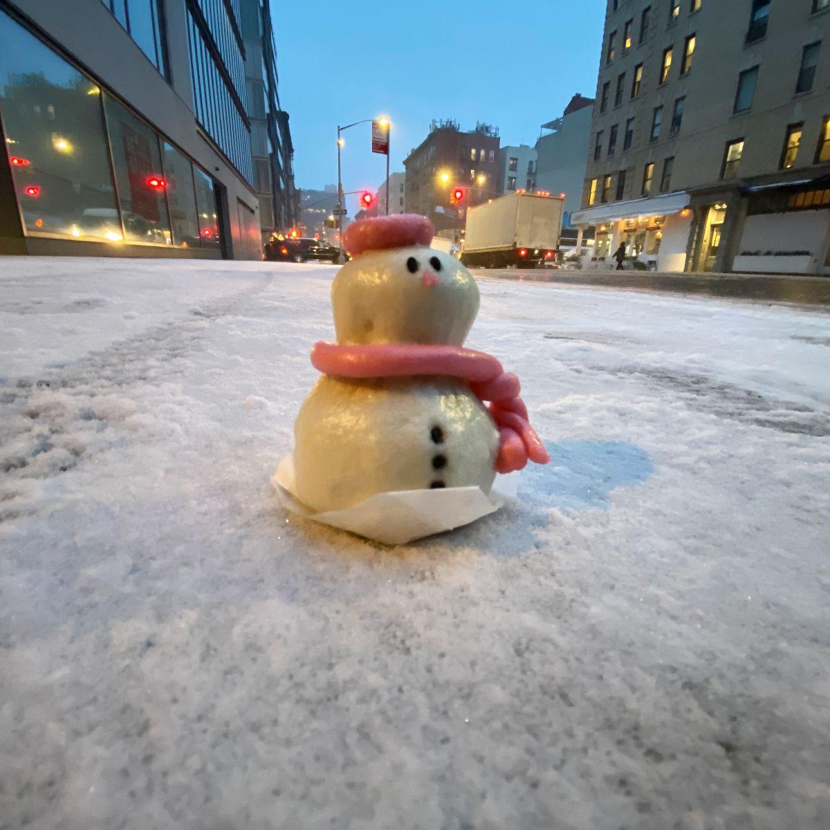 Snowman red bean bao
